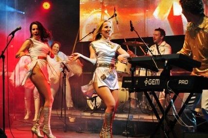 thumbnail_Content HVO ABBA Tribute 2019 programmaboekje foto